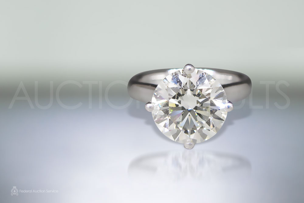 Lady's 4ct Solitaire Diamond Ring sold for $61,000