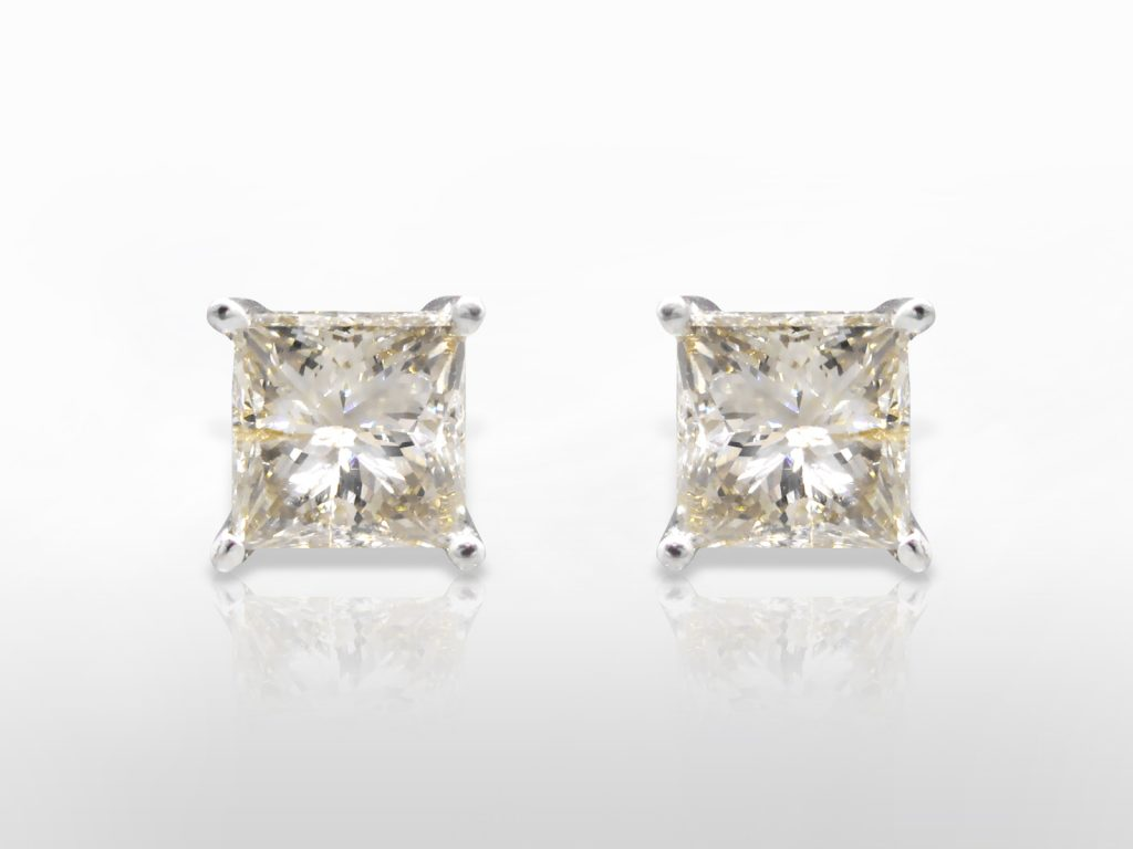 4.38ct (TDW) Diamond Stud Earrings