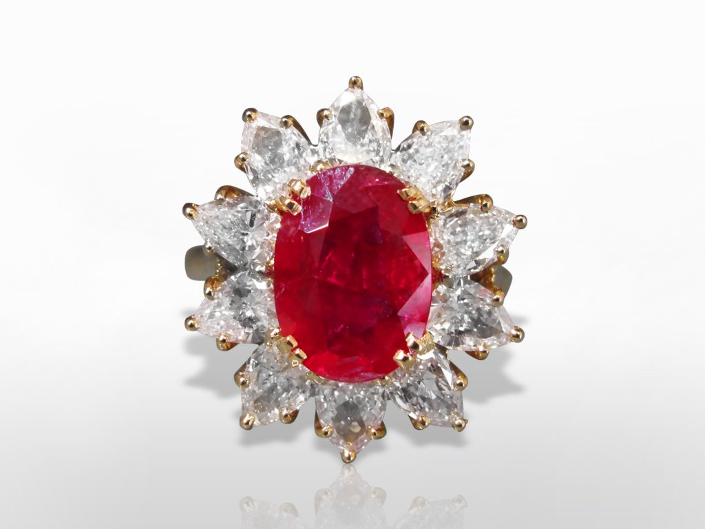 Lady's 18k Yellow Gold 4.7ct Ruby and Diamond Ring (Certified by C. Dunaigre Swiss Lab)