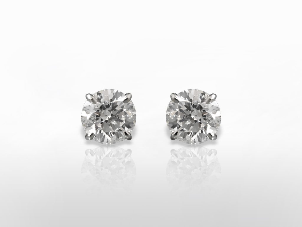 "CGL Certified 2.61ct (TDW) Round Brilliant ""Hearts and Arrows"" Cut Canadian Diamonds Stud Earrings"