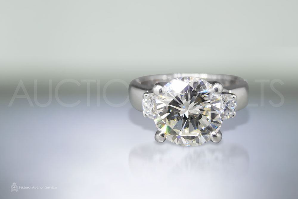CGL Certified 4ct Diamond Ring sold for $60,100
