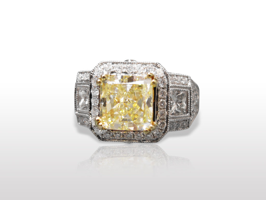 Lady's 18k White Gold 3.03ct Radiant Cut Fancy Yellow Diamond Ring