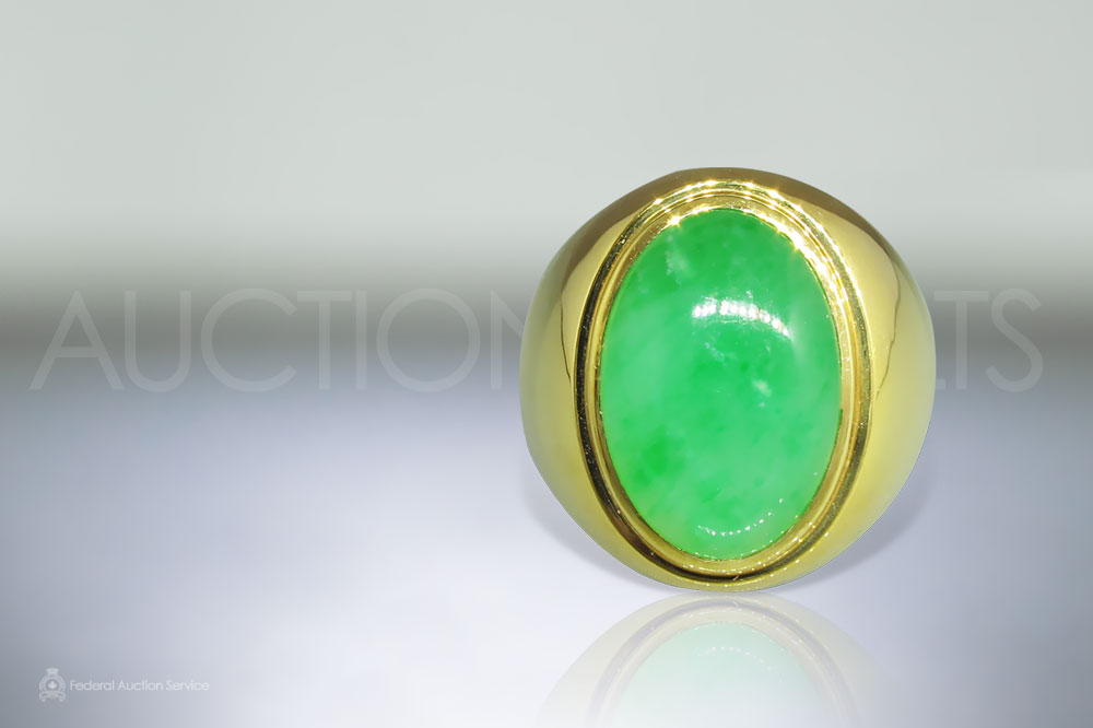 Men's 18k Yellow Gold Jade Ring sold for $9,000