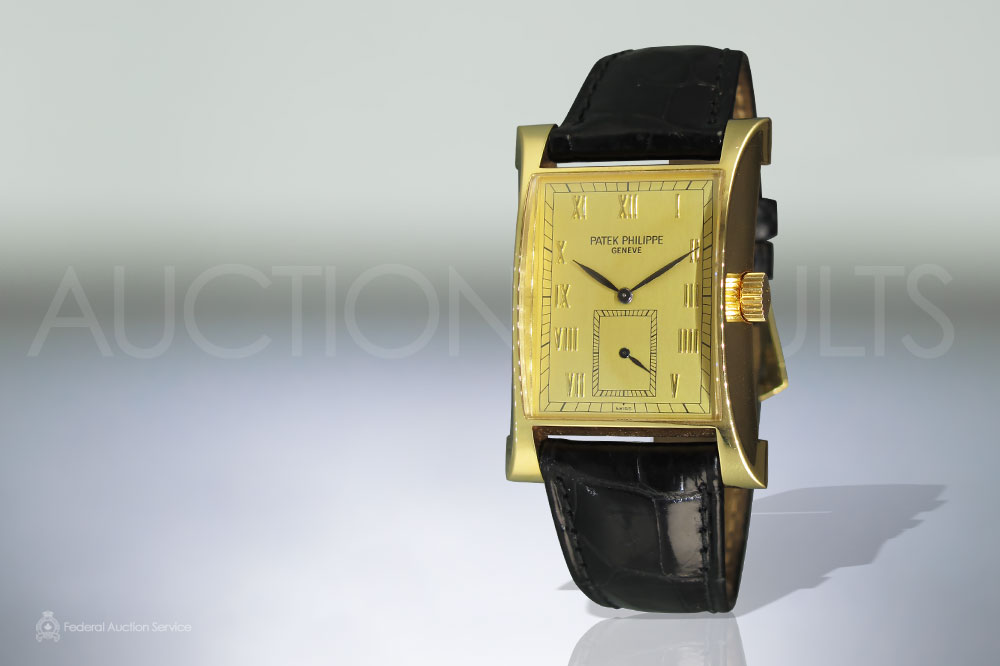 Men's 18k Yellow Gold Patek Philippe Geneve Pagoda Commemoration 1997, Limited Edition Mechanical Wristwatch sold for $23,000