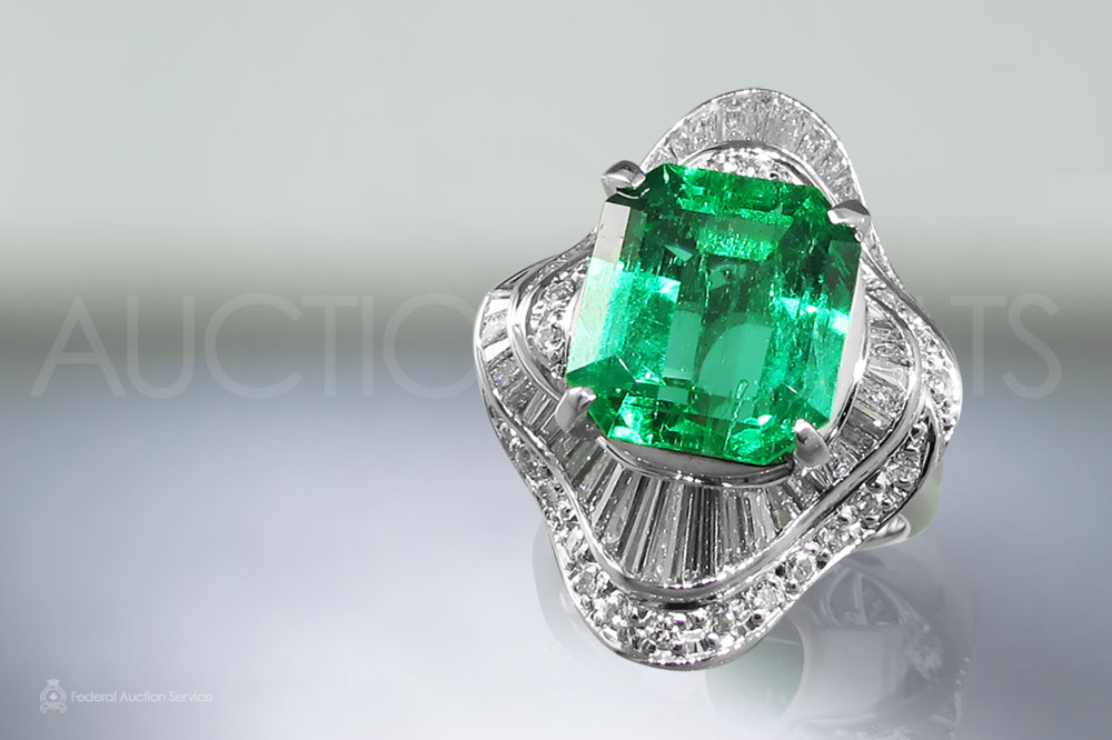 Lady's Platinum 5.65ct Fine Emerald and Diamond Ring sold for $33,000