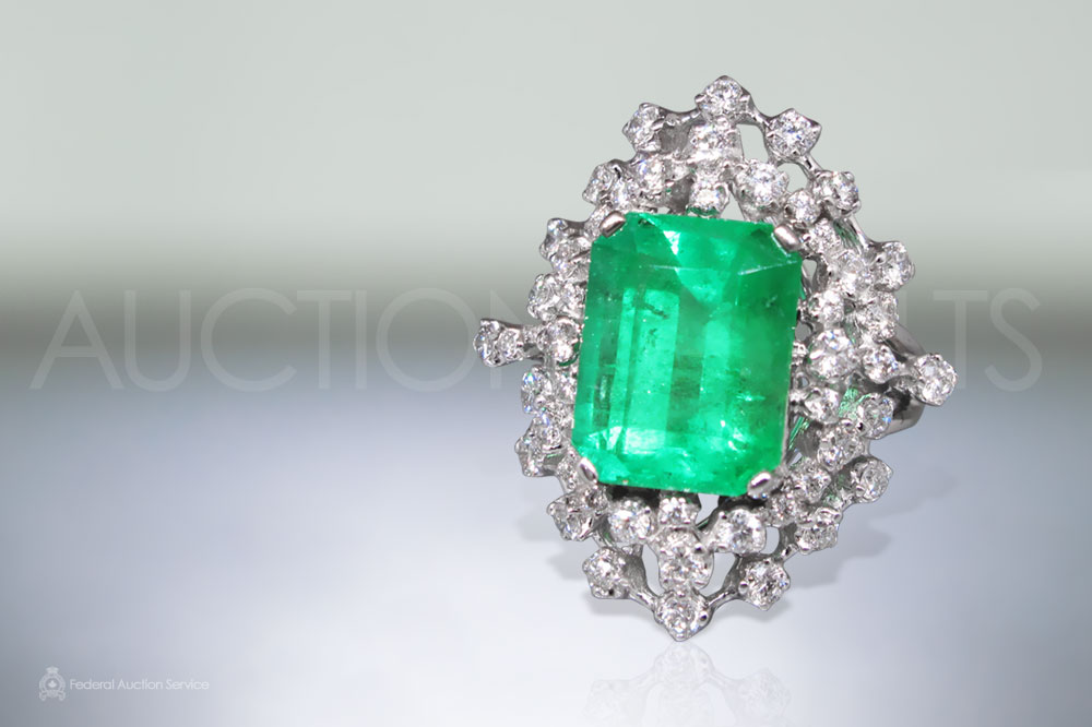 GRS Certified 7.32ct Emerald Cut Natural Colombian Emerald and Diamond Ring sold for $28,000